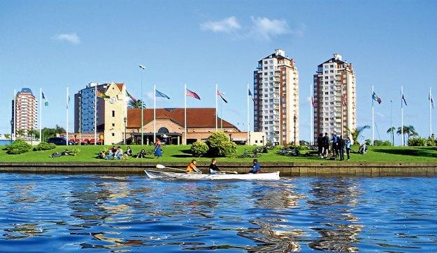 Remo, kayak y vela, opciones otoñales a pasos de la ciudad