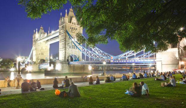 LONDRES, GRAN BRETAÑA. Tierra de oportunidades, en ella vive una gran mezcla de etnias y culturas. Su atractivo es innegable: la City es una de las más visitadas del mundo por los turistas. La clave: sus joyas arquitectónicas, su gran oferta de ocio, sus parques y jardines.