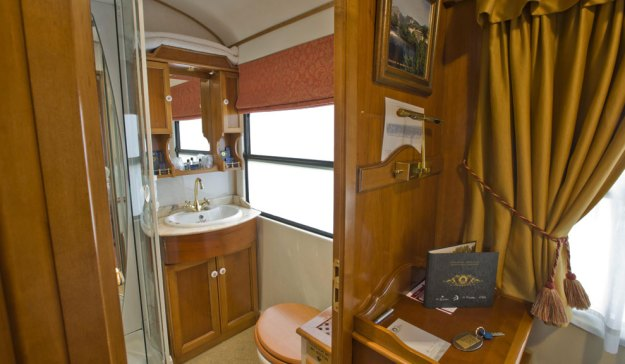 Trenes de lujo: De Cantabria a Andalucía7