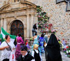 Ofrenda floral a la Virgen de la Encina