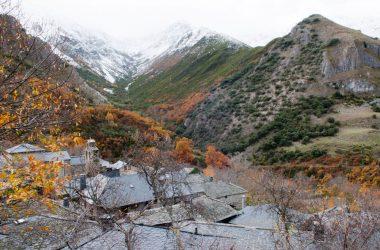 Vista general Peñalba de Santiago y Valle del Silencio