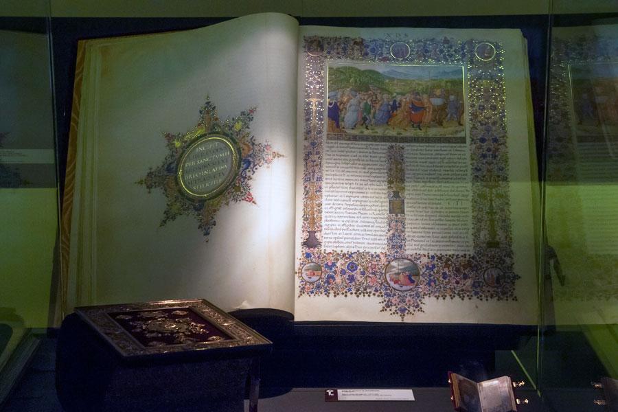Ejemplar de la exposición Templum Libri