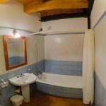 Baño con bañera 1ª planta - Casa Rural El Centro - Beceite