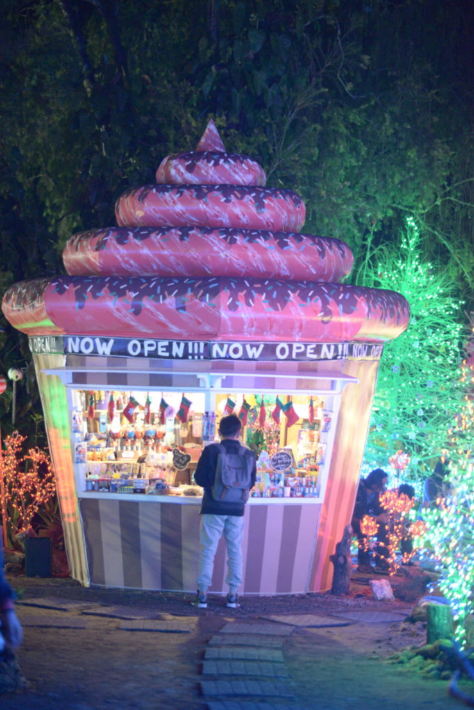 One of the food stalls at the Baguio Country Club Galaxy Christmas Village 2017 | Turista Boy