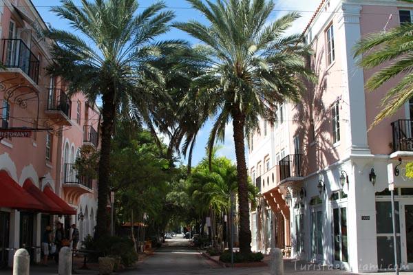 Española Way, South Beach