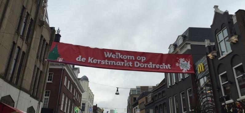 Mercado de Natal em Dordrecht