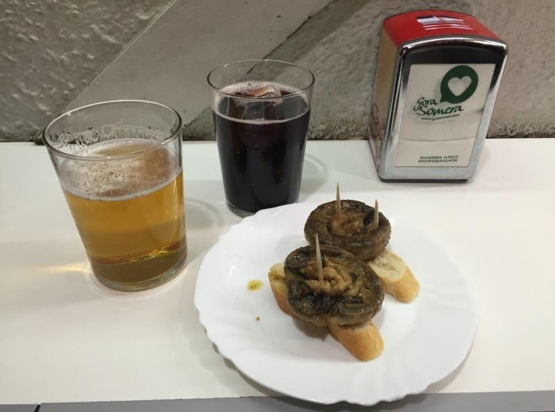 Roteiro de 3 dias em Bilbao: prove a bebida típica, o kalimotxo.