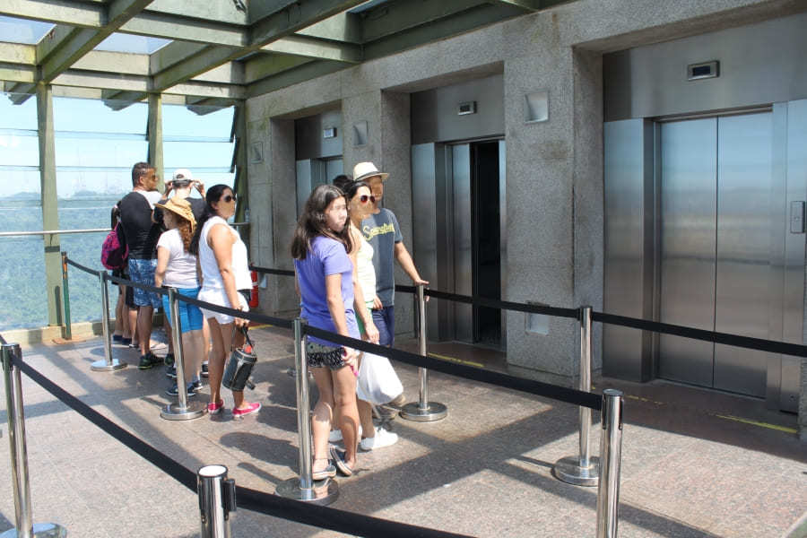 Lift to Christ the Redeemer