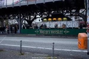 Berlim 07nov2015 01 300x200 Hambúrguer no BurgerMeister