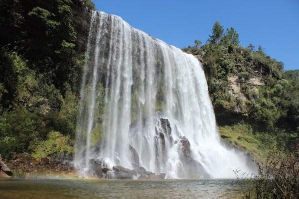 Conheça as cachoeiras, vales e cânios do Vale do Jaguaricatú.