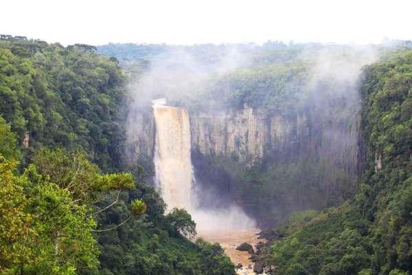 Cachoeiras de Prudentópolis: gigantes, belas e repletas de aventura.