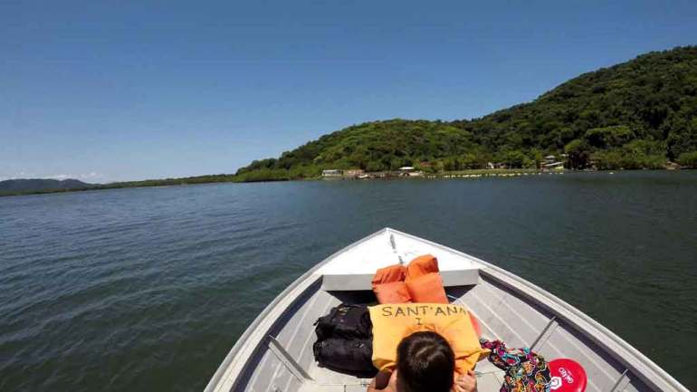 passeio de barco ilha de Superagui