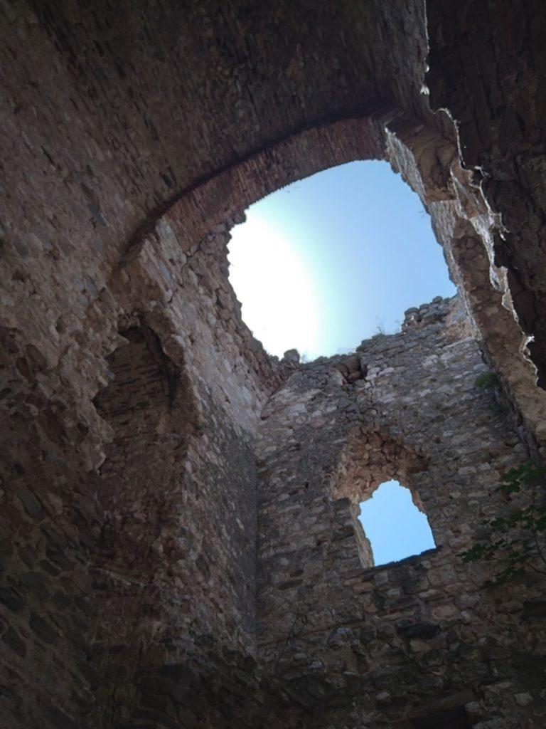 крепостта Букелон -вътре в кулата