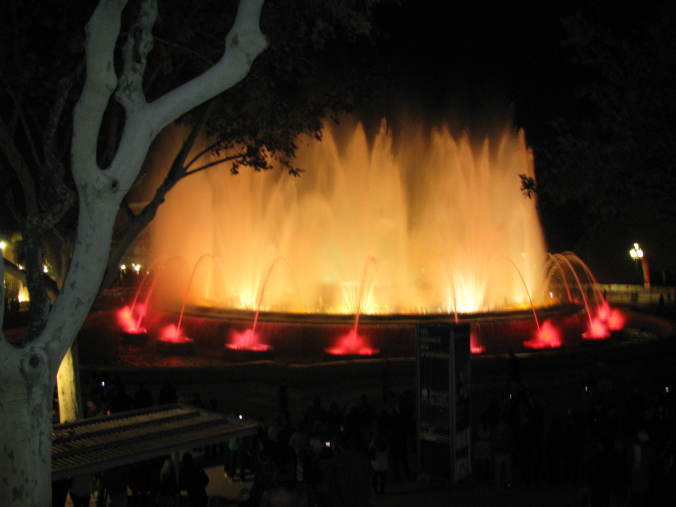 Barcelona - fountain show