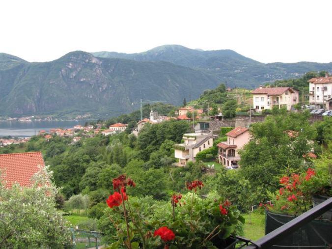 Como - village view