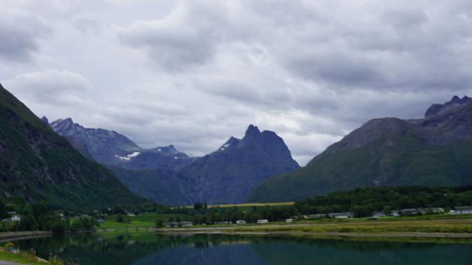 Geiranger - lake1