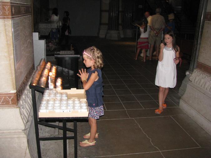Lyon - notre dame de fourviere candles