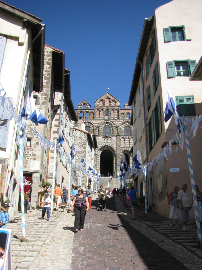 Lyon - puy en velay flags