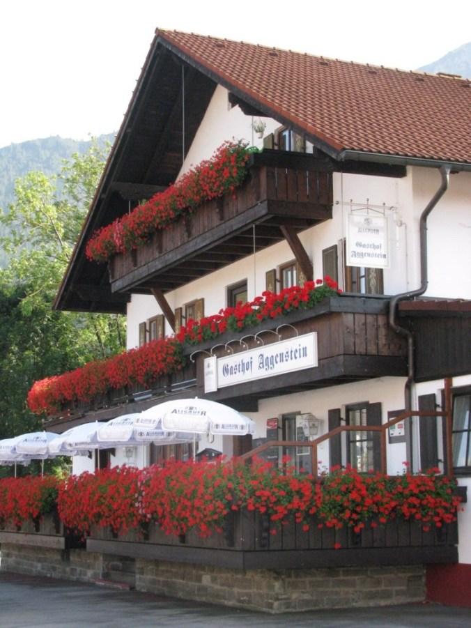 Neuschwanstein - house