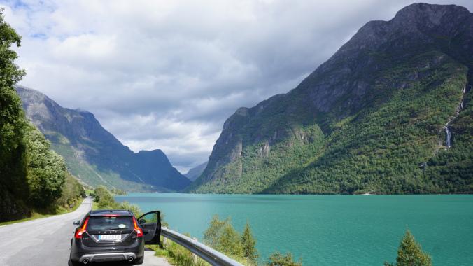 Norvegia - briksdal glacier lake