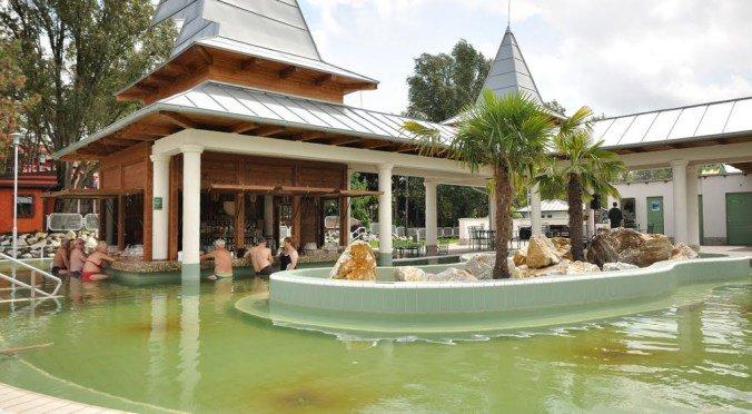 Nyiregyhaza Aquarius - pool bar