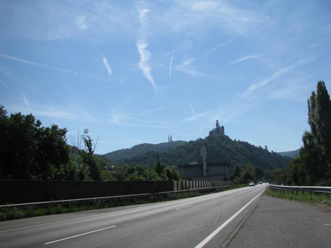 Valea Rinului - road