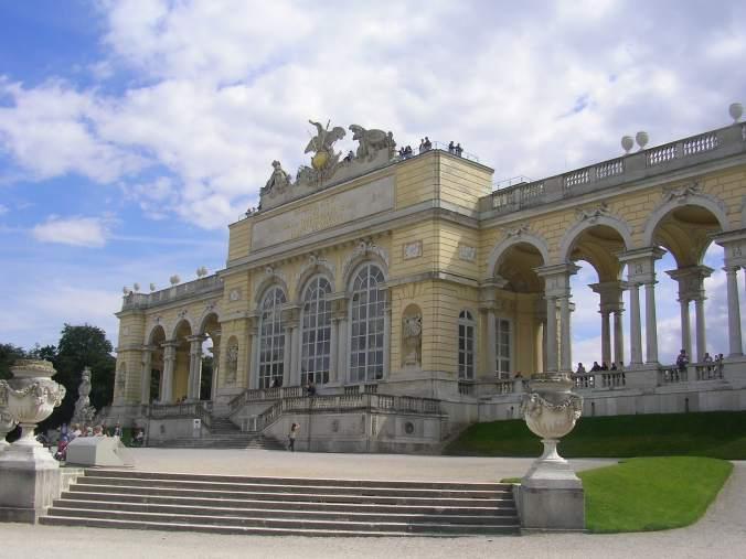 Viena - schonbrunn gloriette view