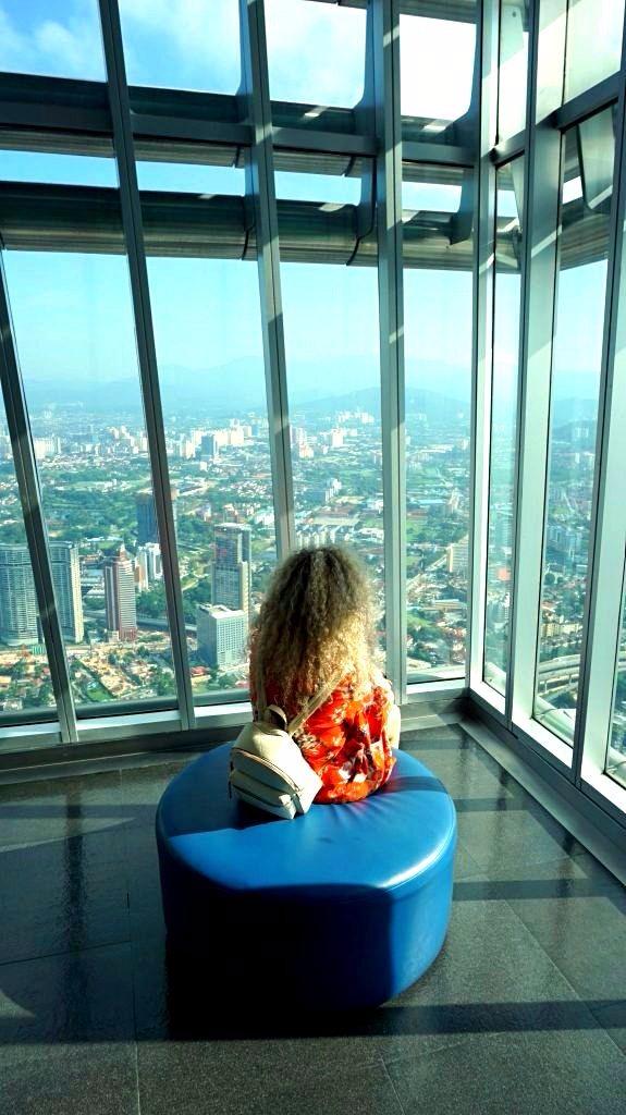 Kuala Lumpur - petronas towers floor 42_1