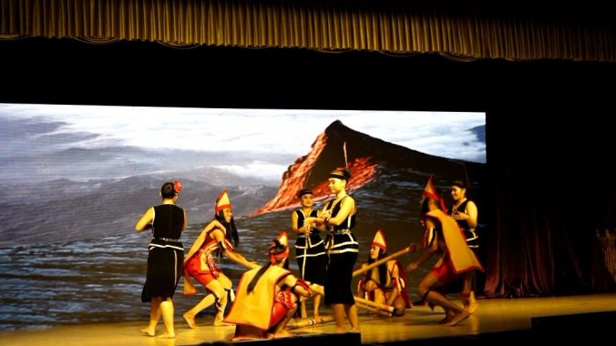 Kuala Lumpur - traditional dance