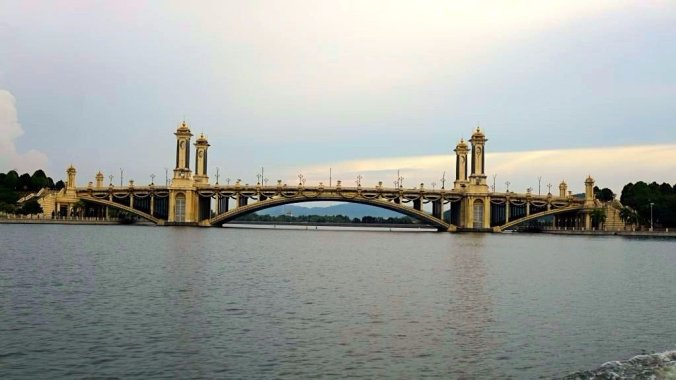 Malaezia - Putrajaya Putra bridge