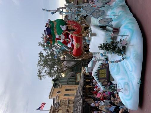 Disneyland Orlando - Santa parade