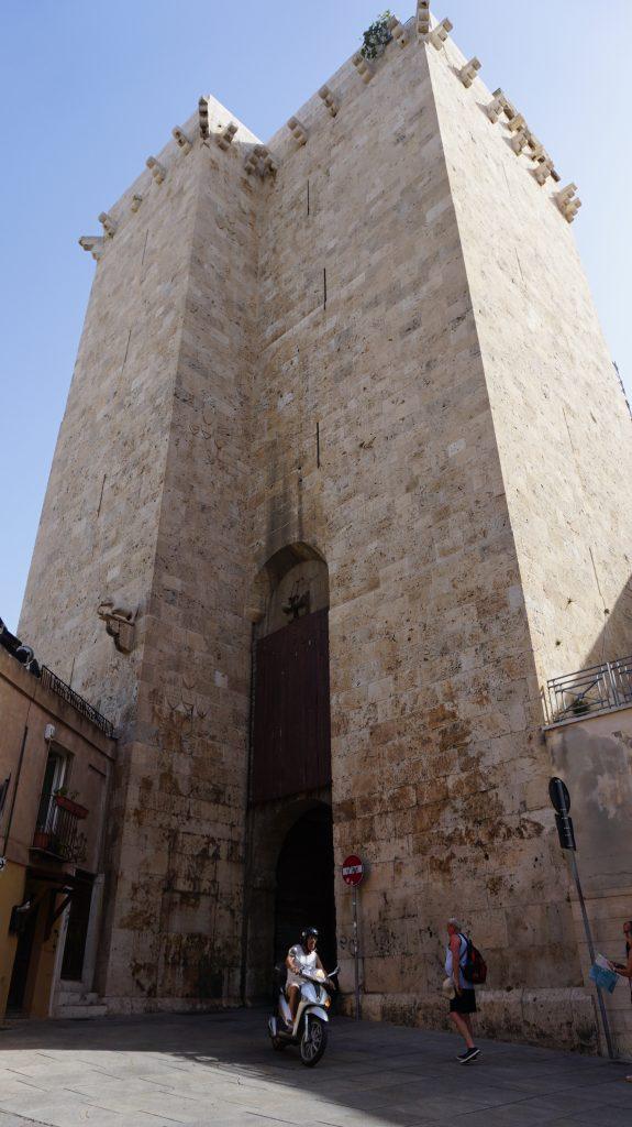 Cagliari - torre dell'elefante1