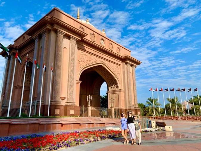 abu dhabi - emirates palace