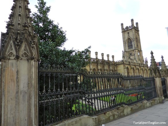 St Luke Church & Gardens - Liverpool - 0007_new