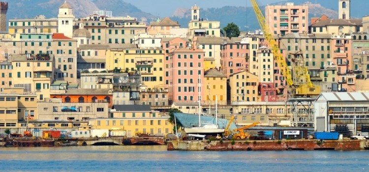 Genova vista dal Mare – [On-the-road Insolita Francia del Sud]