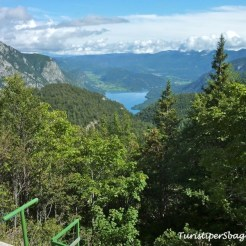 Hiking on Lake Bohinj Slovenia - 32_new