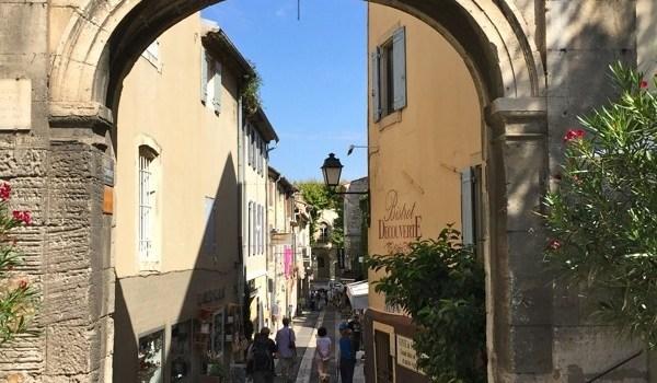 Saint-Remy-de-Provence, nel cuore della Provenza tra Nostradamus e le Figlie del Pasticciere