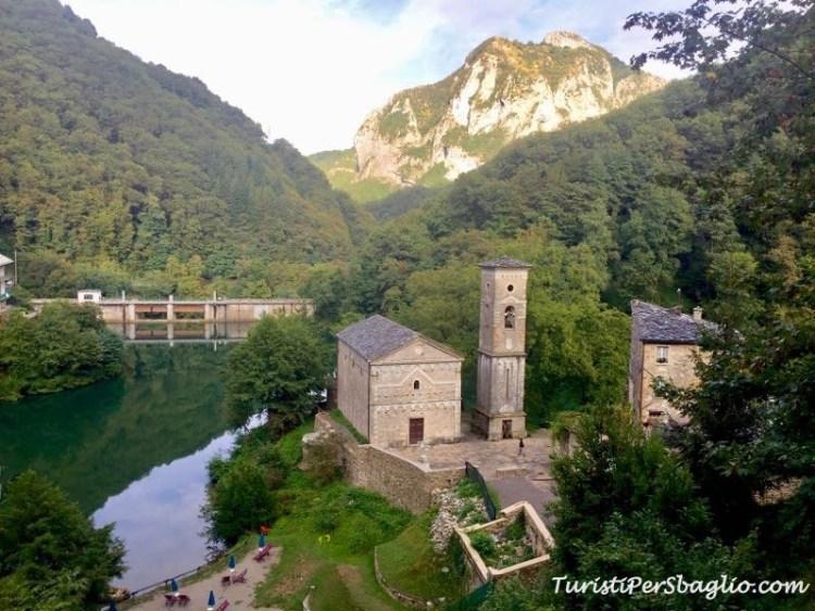 Lago Isola Santa - Garfagnana
