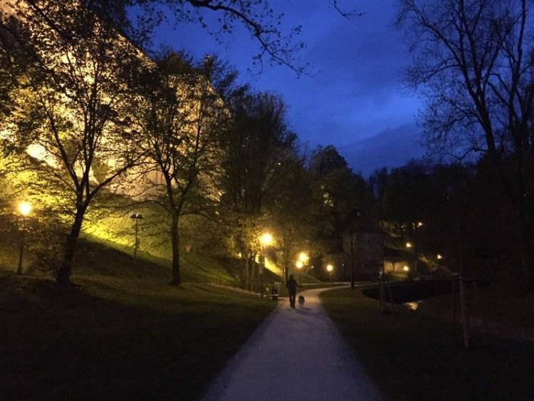 Cesky Krumlov di notte