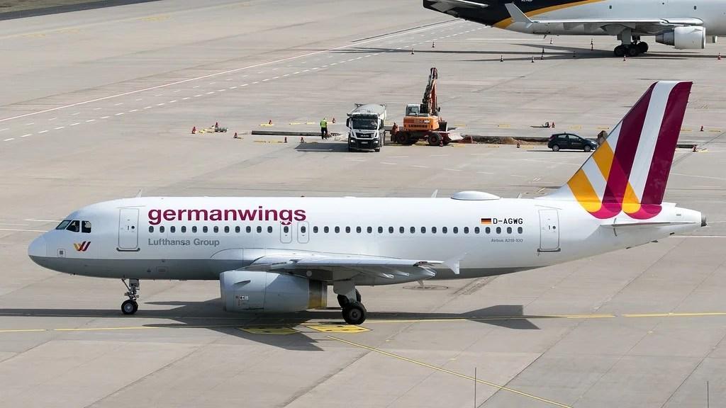 Almanya 'da grevler nedeniyle 180 uçuş iptal edildi.