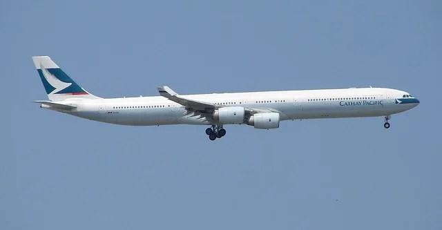 Cathay Pacific çalışanlarına 3 hafta ücretsiz izin