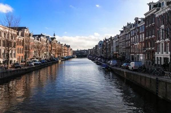 Amsterdam'da Airbnb'ye kısıtlama