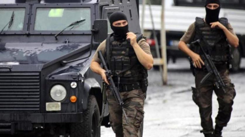 İstanbul ve İzmir'de DEAŞ operasyonu: 18 gözaltı