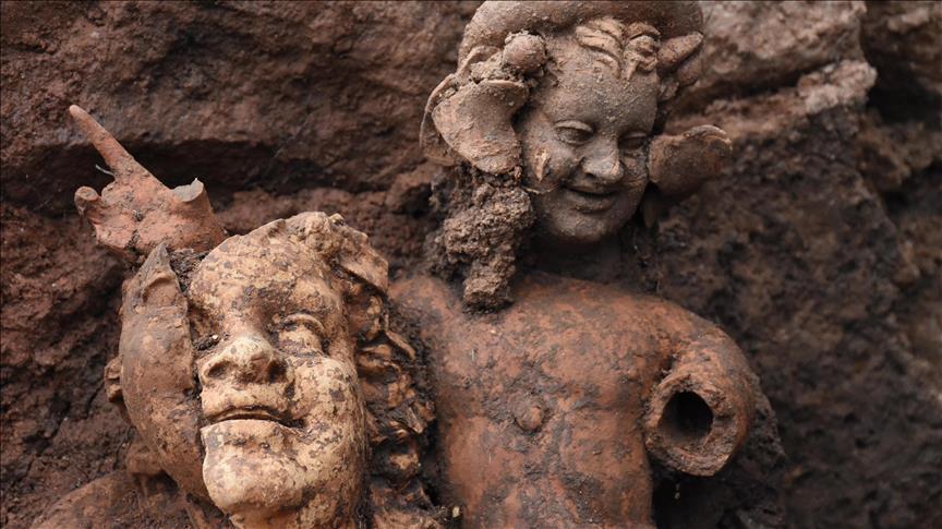 Ordu'da 2 bin 100 yıllık üç heykel bulundu