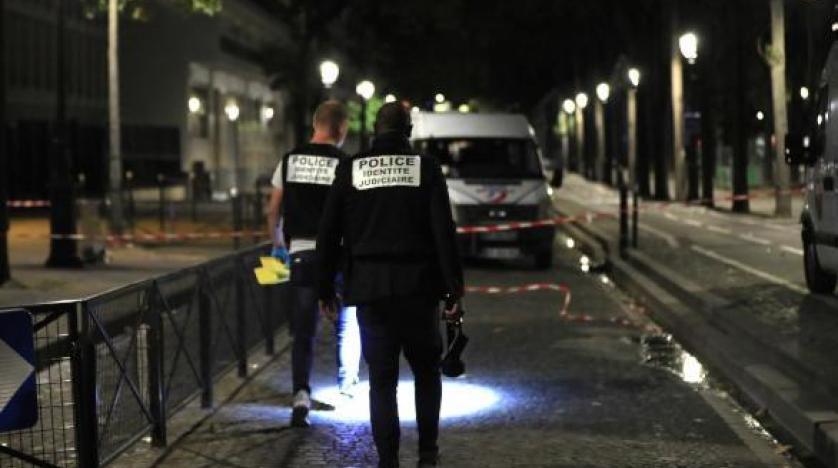 Paris'te bıçaklı saldırı: 4'ü ağır 7 yaralı