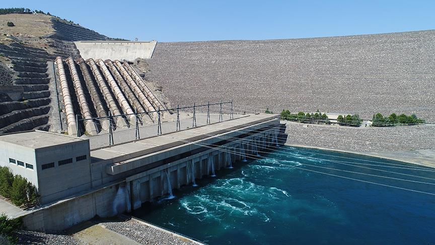 Fırat Nehri'nden 27 milyar dolar enerji geliri