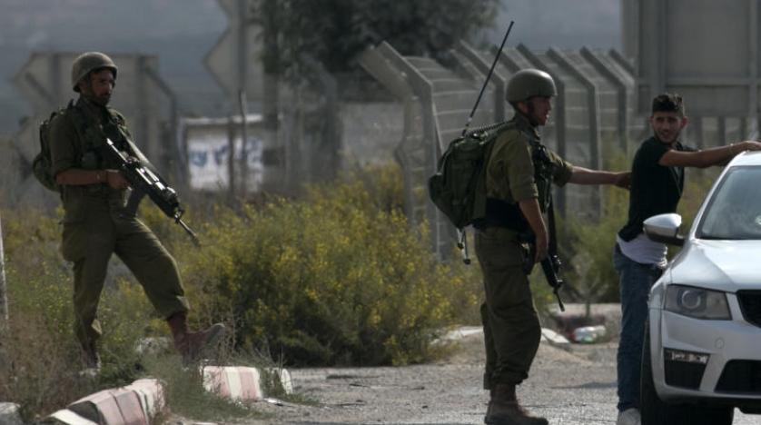 Batı Şeria'da bir İsrail askerini bıçakladığından şüphelenilen genç gözaltına alındı