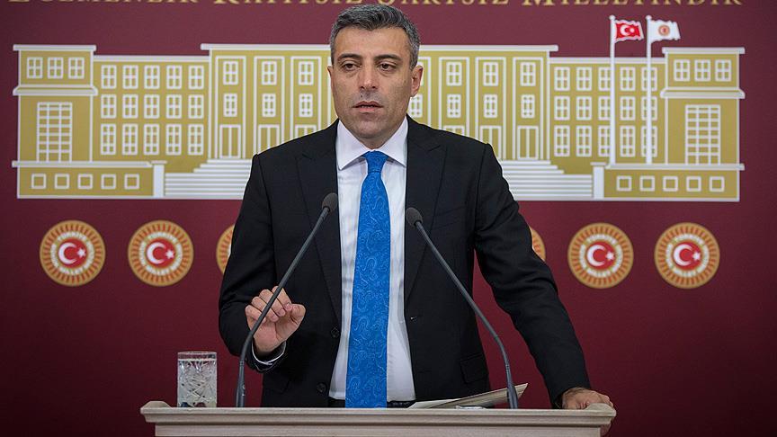 CHP'li Öztürk Yılmaz ihraç edildi