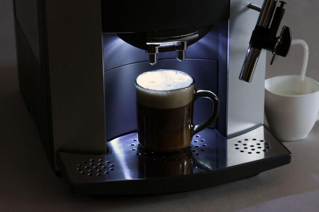 Капучино пісірудің ең оңай жолы кофе қайнатқышта