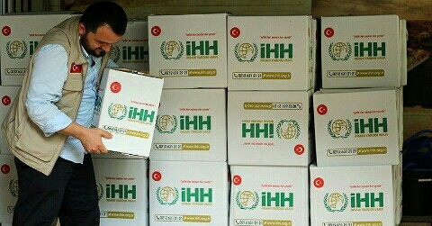 Photo of الإغاثة التركية توزع 2360 سلة غذائية في الشمال السوري